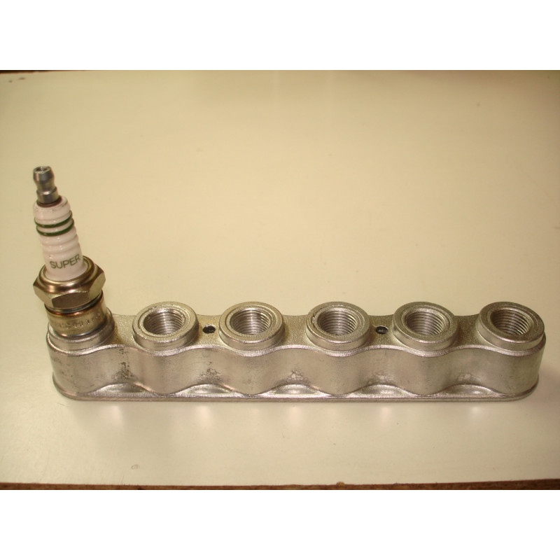 http://www.topretro.fr/132-thickbox_default/sb03-support-aluminium-6-bougies-de-14-.jpg