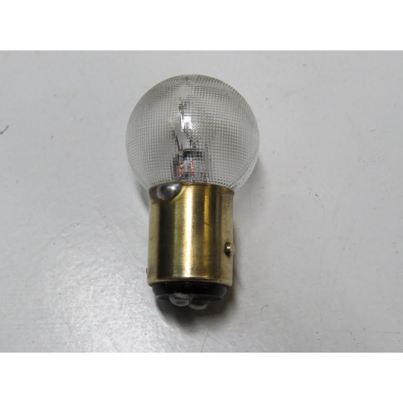 http://www.topretro.fr/296-thickbox_default/l2407-lampe-sphèrique-ba15d-ergots-décalés-184-w-24-v.jpg