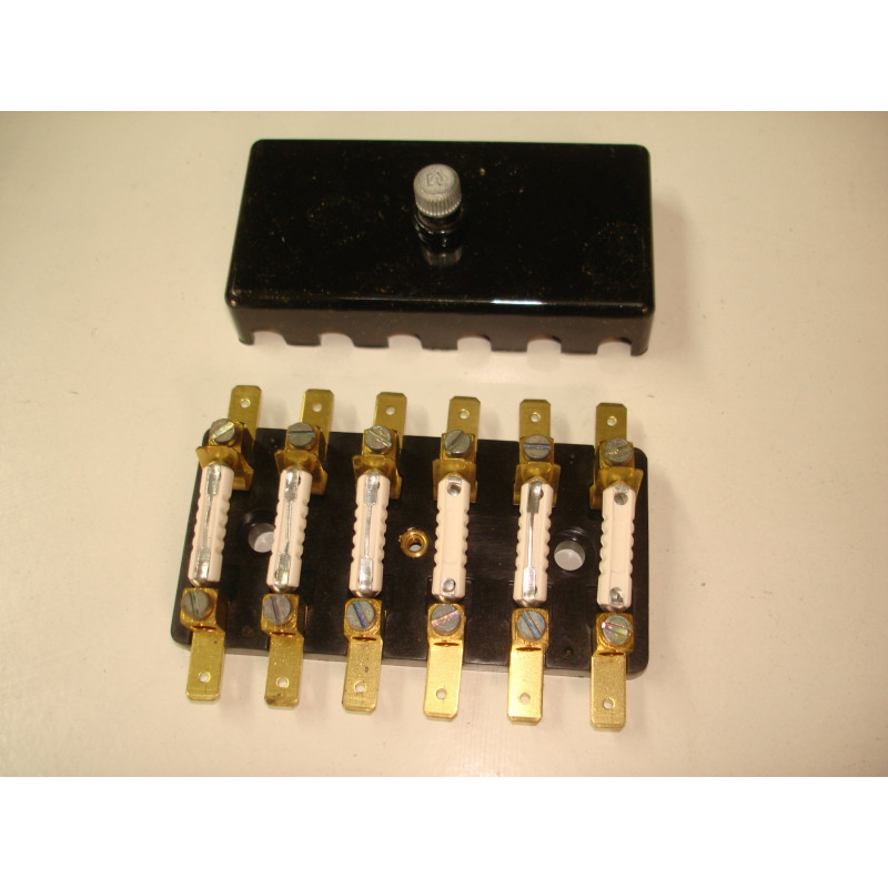http://www.topretro.fr/57-thickbox_default/bfn6-boitier-6-fusibles-stéatite.jpg