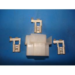 CD02 Connecteur lampe H4 et CE