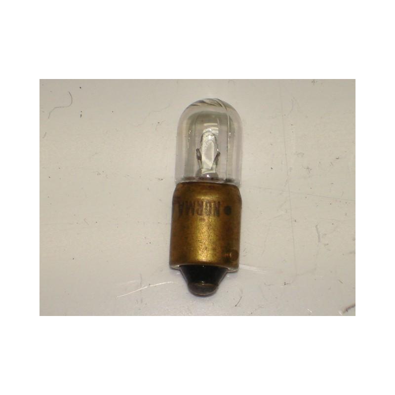 https://www.topretro.fr/412-thickbox_default/l0646-lampe-témoin-ba9s-3-w-6-volts.jpg