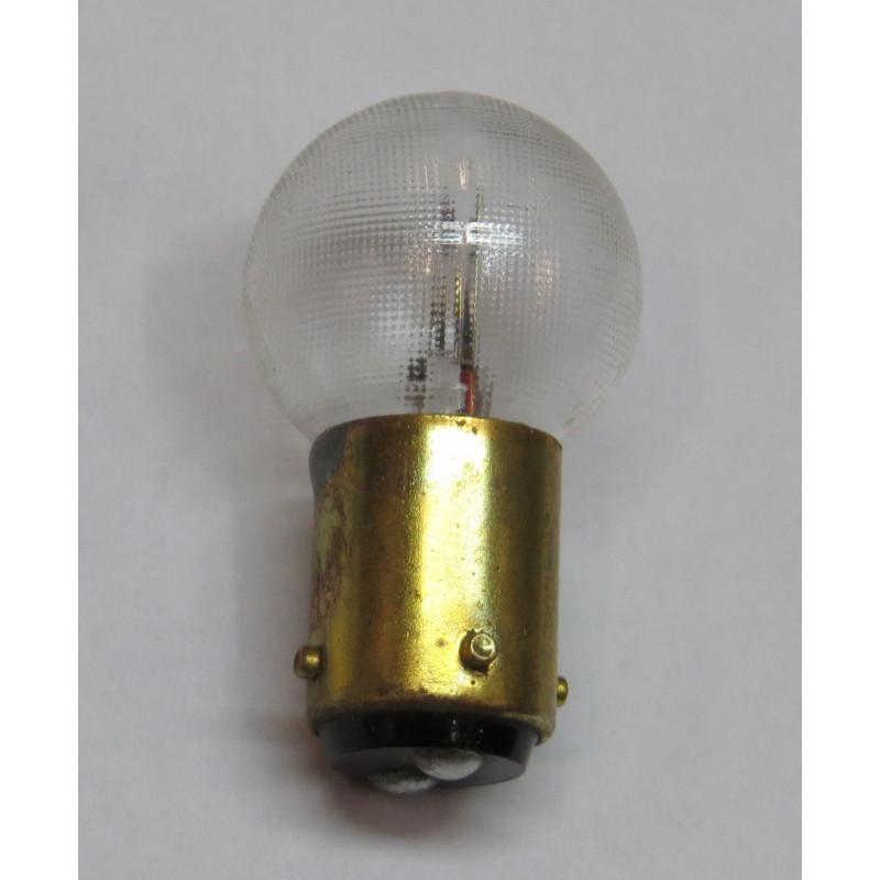https://www.topretro.fr/484-thickbox_default/ampoule-ba15d-2-plots-3-ergots-18-4-w-12-volts.jpg